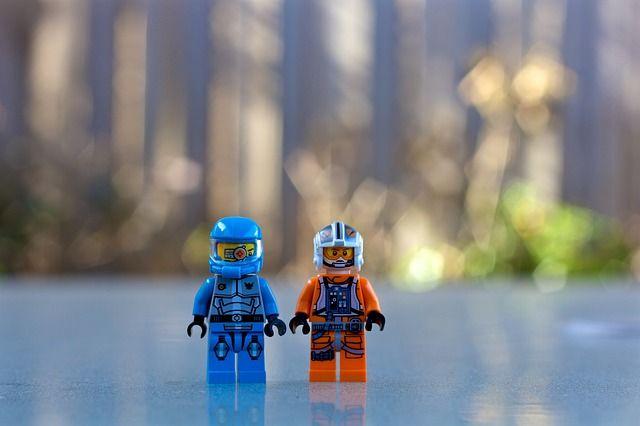 lego-man-1835687_640