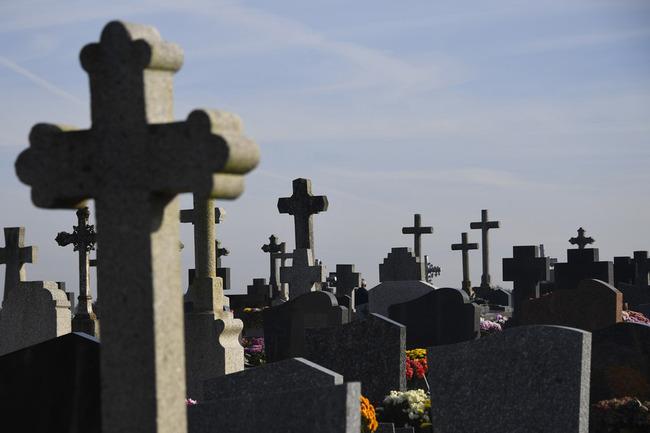 「おじいちゃんじゃない!」遺体取り違え、火葬直前に発覚 オーストリア