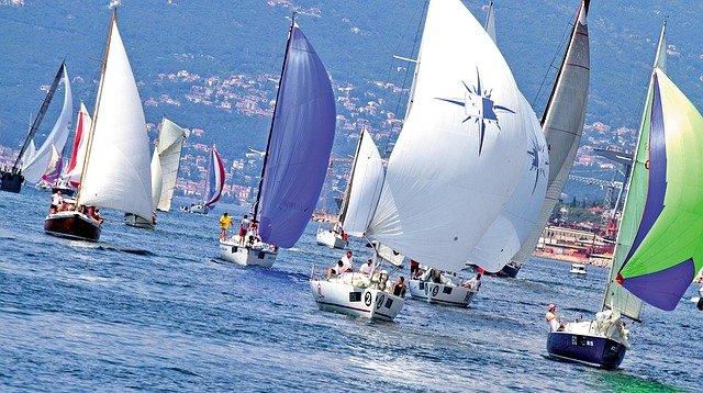 regatta-1049741_640