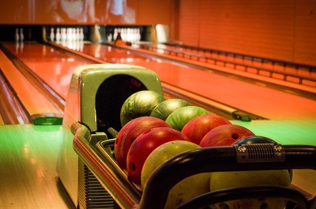 bowling-669358_960_720