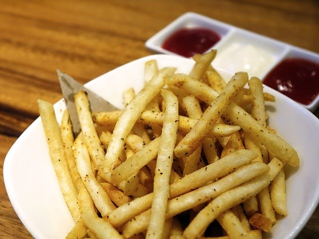 french-fries-843303_640