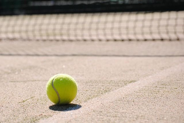 tennis-2042723_640