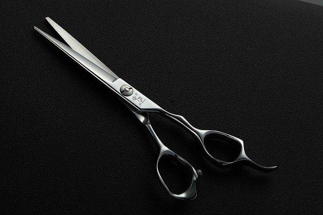 scissors-3765407_640