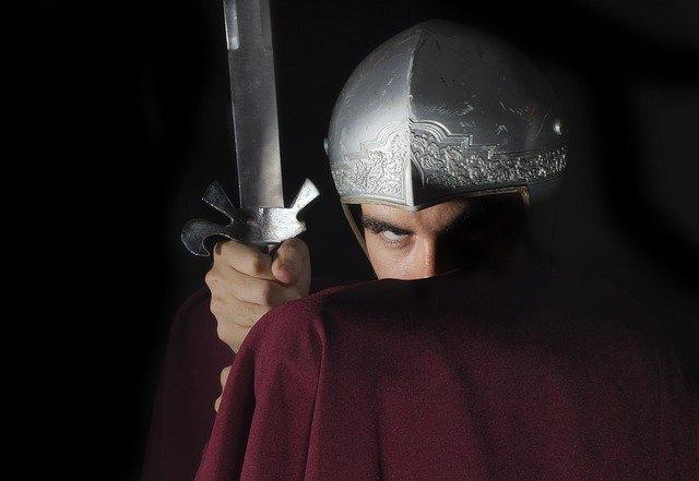 新人剣闘士「もうすぐデビュー戦だ……緊張して吐き気が止まらない……オエッ」