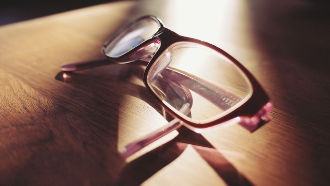 eyeglasses-698672_960_720