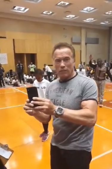 Arnold Schwarzenegger gets attacked in South Africa   YouTube