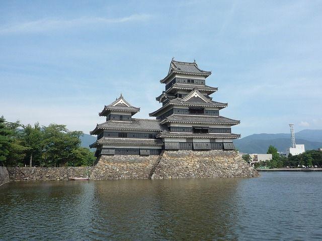 matsumoto-castle-676242_640