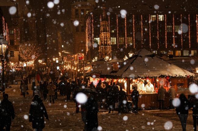 christmas-market-538215_960_720