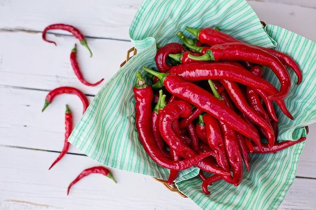 cayenne-peppers-2779832_640