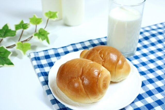 【悲報】 無職さん(49)「今お金無いのにそこにあったパンと牛乳食べたよ、ごちそうさまでした」