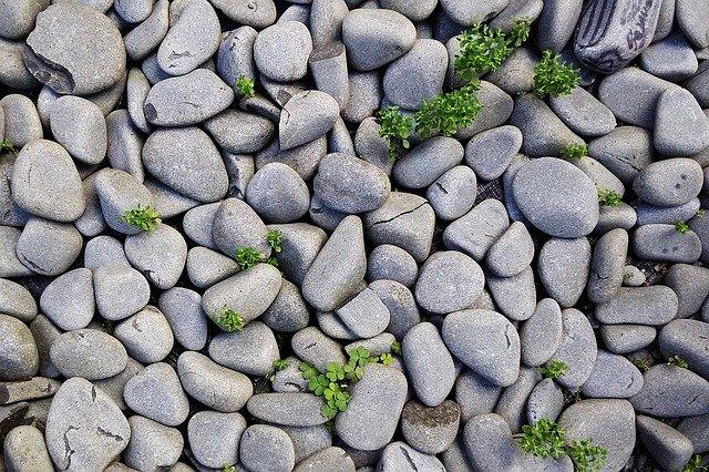 rocks-1246668_640