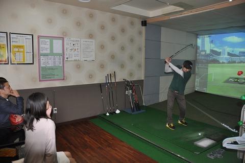 韓国で大流行のゴルフバン