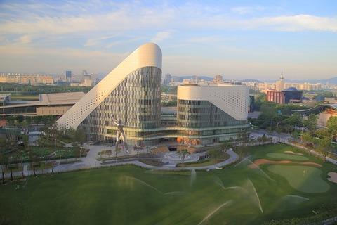 総工費70億円、約1万坪の巨大施設 総合ゴルフ施設「ZOIMARU」とは?
