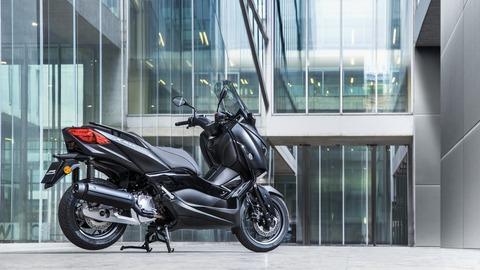 2019-Yamaha-XMAX125ASP-EU-Sword_Grey-Static-005-03