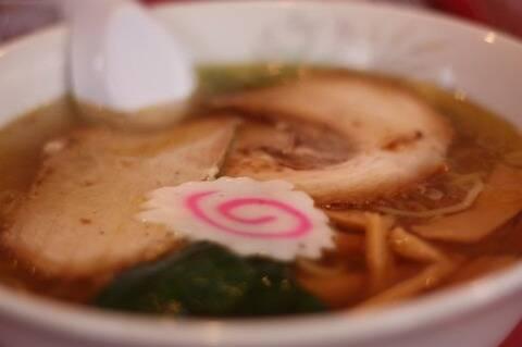 スープ飲む