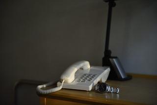 企業へ電話