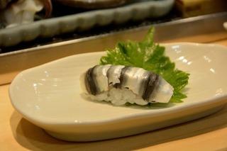 まわらない寿司