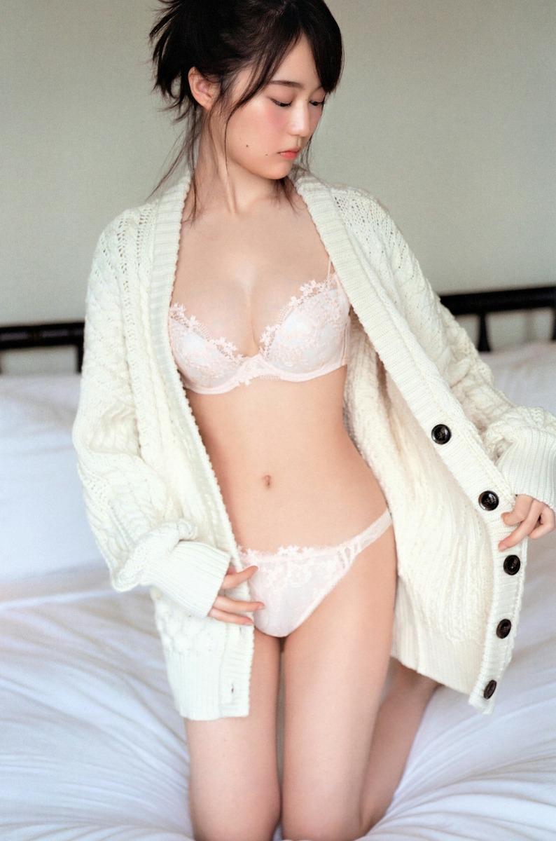 【画像】生田絵梨花の写真集エロすぎだろwwwwwww