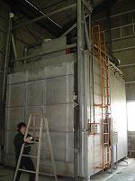 フッ素樹脂コーティング大型焼成炉試運転中