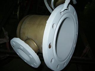 導電性フッ素樹脂コーティング加工中