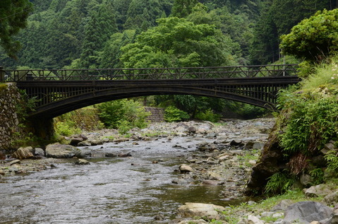 神子畑鋳鉄橋1