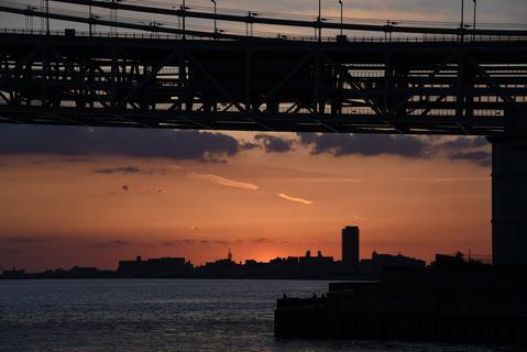 明石海峡大橋の夕陽10