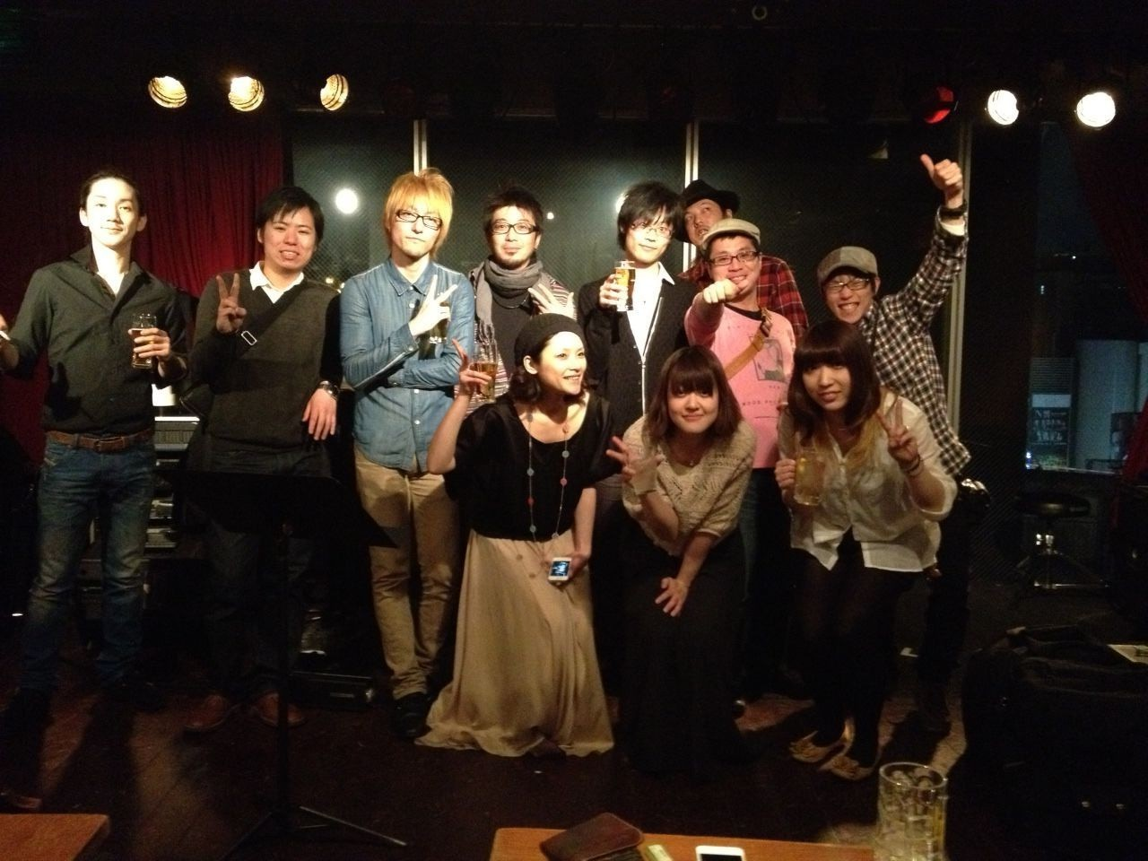 2012-04-06 - The Jubilax Live at 7th Floore1