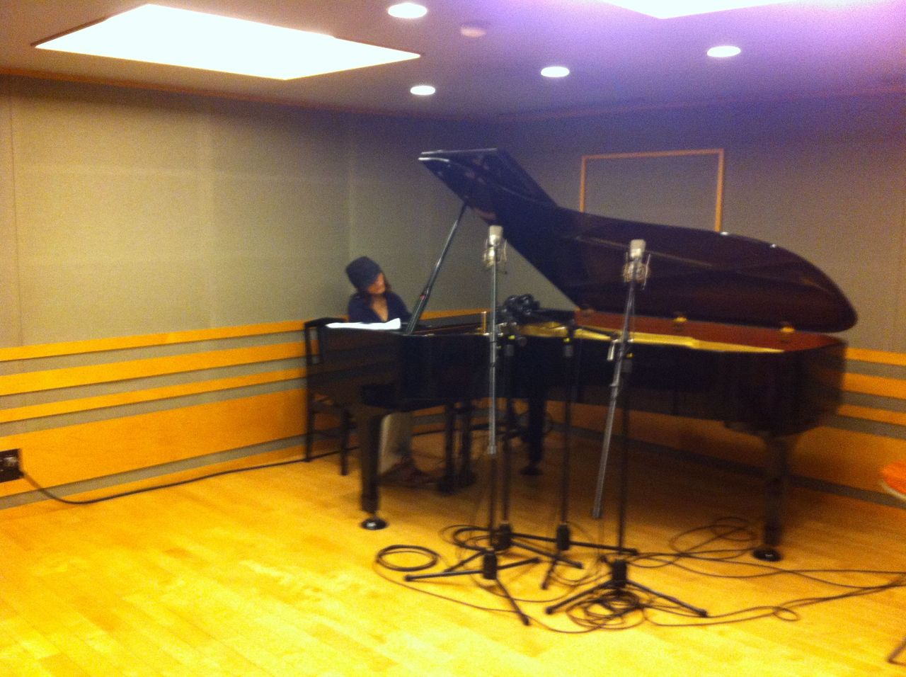 2012-05-14 - サラハンナ Recording at OSM3