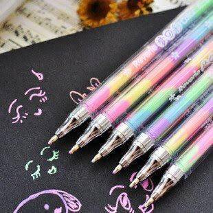 無駄に匂い付いてたりキラキラしてたりマーブルだったりしたペンを見るたびにあの頃は平和だったなと…