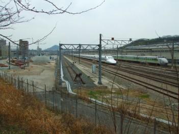 新幹線車庫.jpg