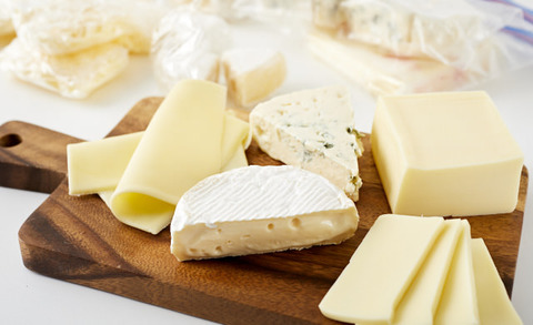 絶品チーズ食べ放題の店を開こうかと計画してるけど需要あるかな?