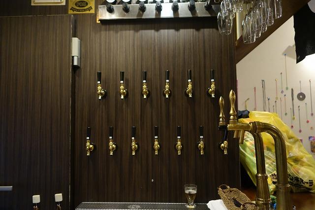 高円寺 ビアカフェ 萬感でクラフトビールを飲んできた! (2)