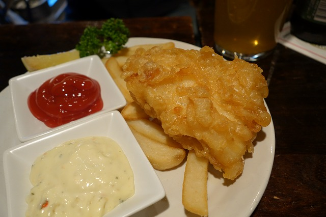 中野坂上 The Hangover Craft Beer & BarでクラフトビールとFish & Chips!