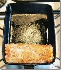 卵焼き器で焼く