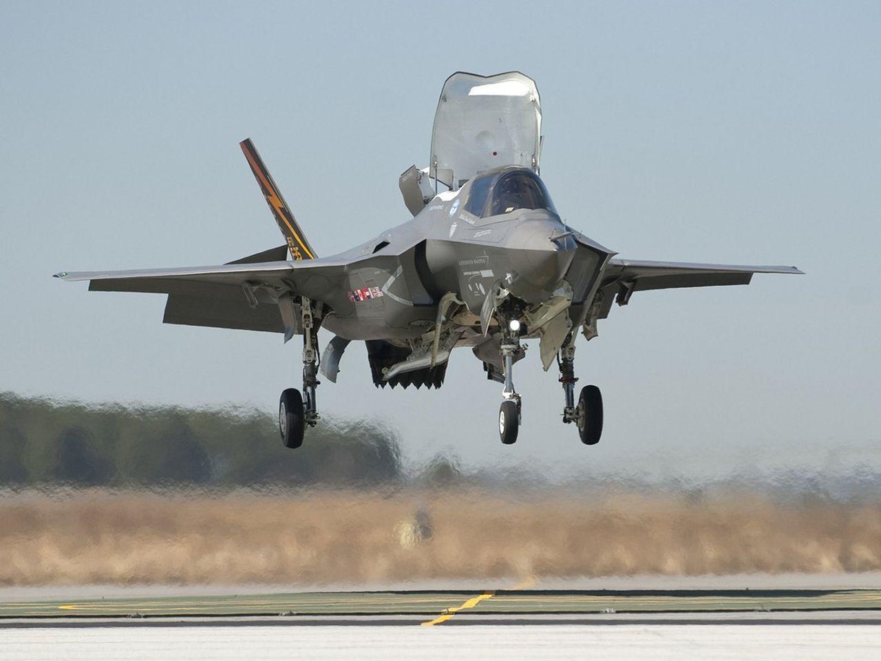 垂直離着陸機F-35と日本 : HIPPO大野の雑記帳