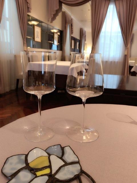 graciani_waterglass
