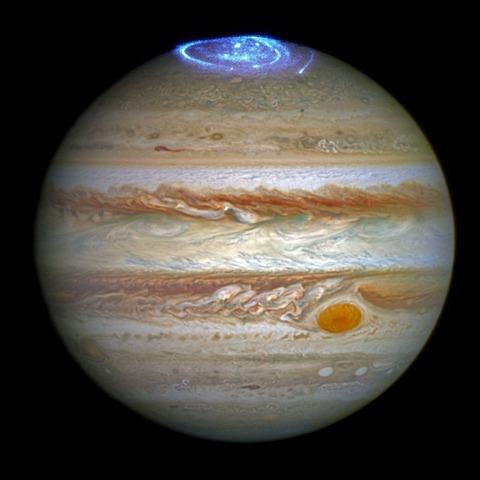 auroras-bigger