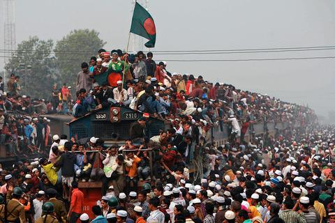 Thousands-trains