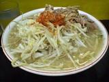 ラーメン 麺硬め ヤサイニンニクカラメトウガラシ