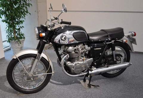 Honda_Dream_CB450