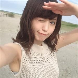 【悲報】逢田さん、ワキガ変www