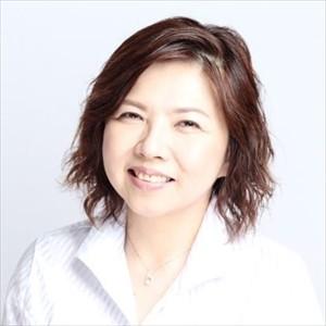 新田万紀子さん、大動脈解離のため死去
