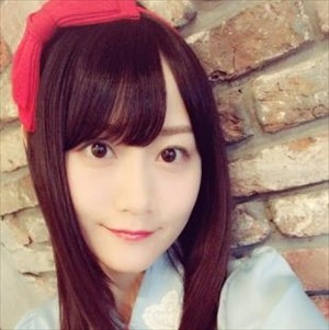 【おでこ】小倉唯ちゃん、すっぴんを公開(*-v・)