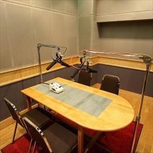 ラジオ制作スタッフの中にも、『一般ラジオ番組>>>アニラジ』を持っている人達が、残念ながら一定数存在します。