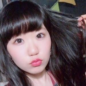 【画像】東山奈央さん、ピチピチのニット姿を披露