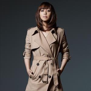 【悲報】日笠陽子さん(33)、ピンクのフリフリ衣装でアイドル活動してしまう