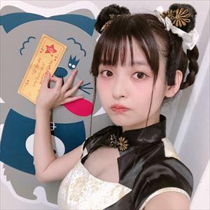 """【話題】上坂すみれ、""""パンダ""""なチャイナ服姿に「いつ見ても毛深い」"""