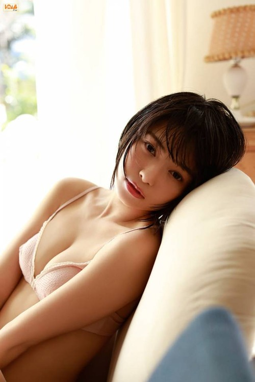 hikaritakiguchi-gravure-image4-23