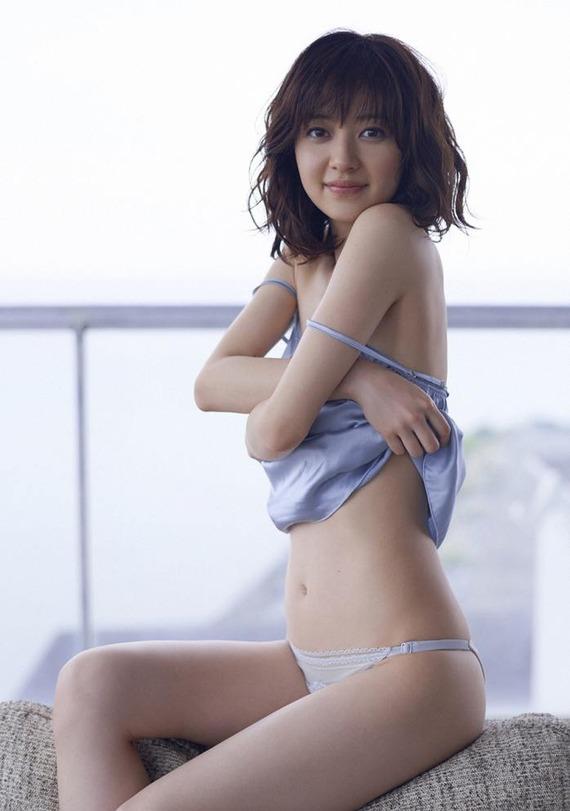 rina-aizawa-sexy-3