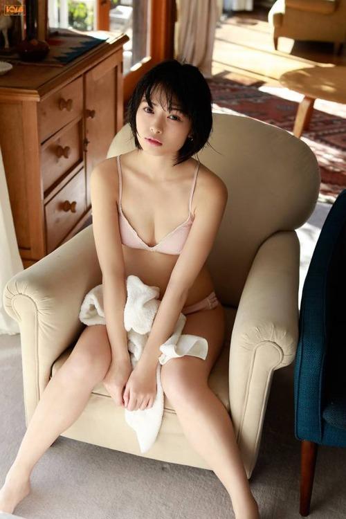 hikaritakiguchi-gravure-image4-29